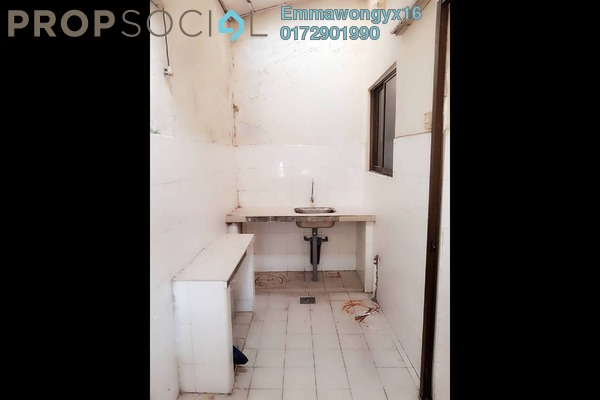 For Sale Terrace at Taman Kepong, Kepong Freehold Semi Furnished 3R/2B 498k