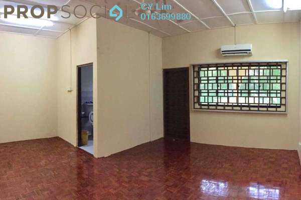 For Rent Terrace at Taman Serdang Raya, Seri Kembangan Freehold Semi Furnished 3R/3B 1.6k