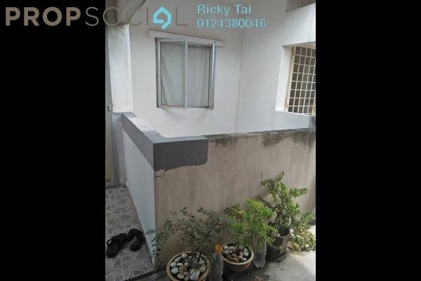 For Sale Apartment at Seri Saujana Apartment, Bandar Saujana Putra Freehold Semi Furnished 3R/2B 180k