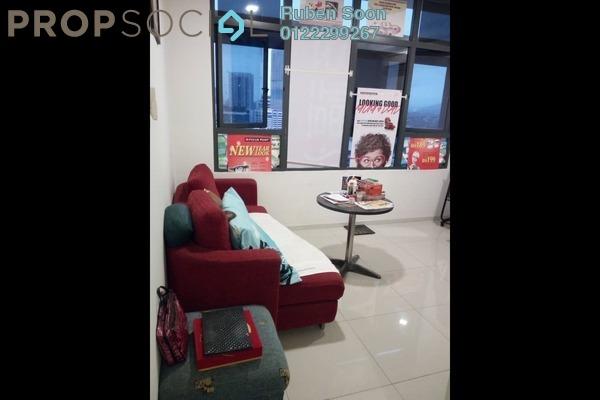 For Sale Condominium at Centrestage, Petaling Jaya Freehold Semi Furnished 2R/1B 390k