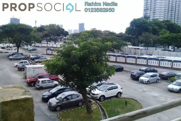 For Sale Apartment at Jati 1 Apartment, Subang Jaya Freehold Semi Furnished 3R/2B 335k