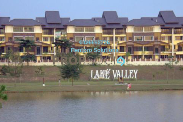 For Rent Townhouse at Lake Valley, Bandar Tun Hussein Onn Freehold Semi Furnished 4R/4B 1.7k
