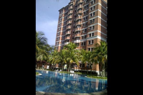 For Rent Condominium at Putra Indah Condominium, Seri Kembangan Freehold Semi Furnished 3R/3B 1.55k