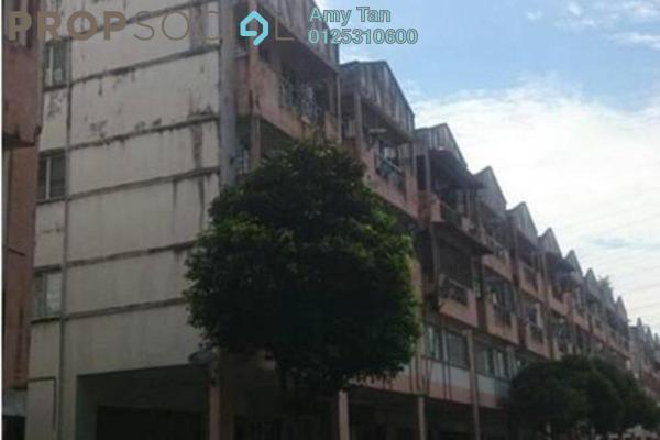 For Sale Apartment at Taman Pinggiran Putra, Bandar Putra Permai Freehold Semi Furnished 0R/0B 197k