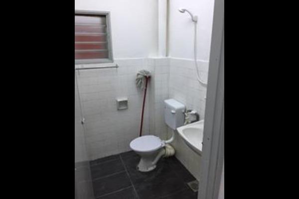 Toilet 1 xsxpfjdzpfwybz l n8f small