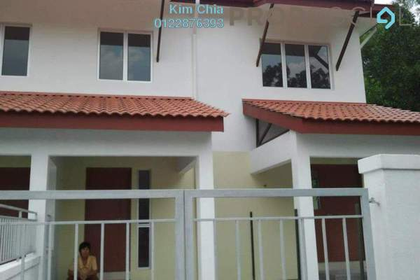 For Rent Townhouse at Taman Pinggiran Batu Caves, Batu Caves Freehold Unfurnished 3R/2B 1k