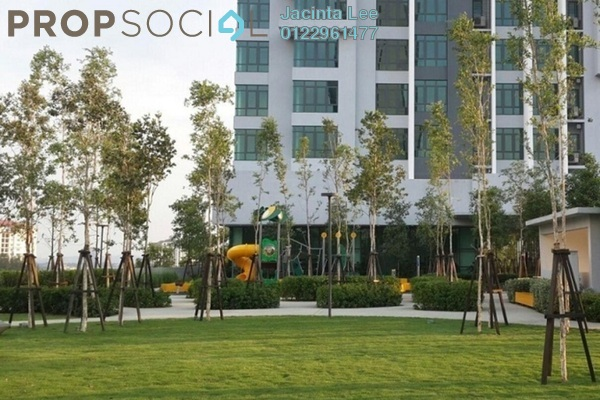 For Sale Serviced Residence at Tropicana Avenue, Tropicana Leasehold Semi Furnished 3R/2B 636k