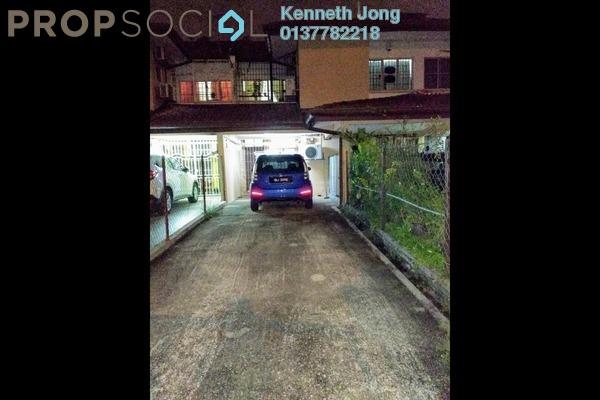 For Rent Townhouse at Seksyen 32, Bukit Rimau Freehold Semi Furnished 3R/2B 1.1k