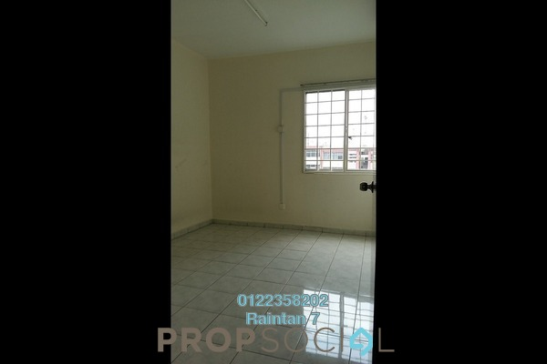 For Sale Condominium at Amadesa, Desa Petaling Freehold Unfurnished 3R/2B 375k