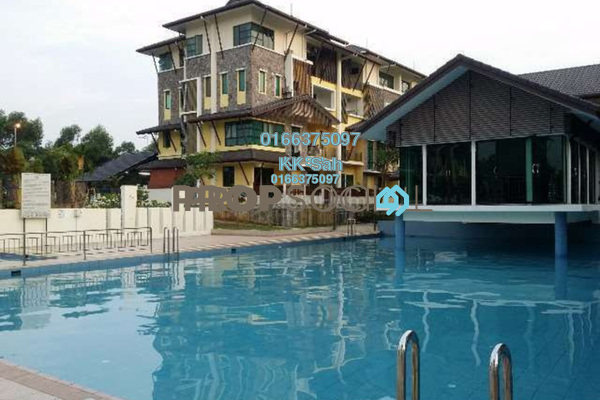 For Sale Townhouse at Lake Valley, Bandar Tun Hussein Onn Freehold Semi Furnished 4R/3B 570k