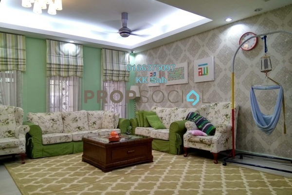 For Sale Link at Section 3, Bandar Mahkota Cheras Freehold Semi Furnished 4R/3B 650k