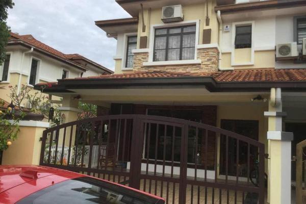 For Sale Terrace at Bukit Sungai Long 1, Bandar Sungai Long Freehold Semi Furnished 4R/3B 1.2m