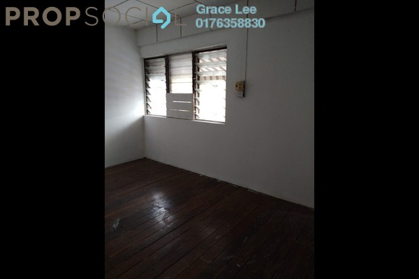 For Sale Terrace at Taman Bukit Serdang, Seri Kembangan Leasehold Unfurnished 2R/1B 260k