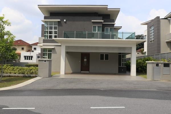 For Sale Bungalow at Taman Langat Idaman, Batu 9 Cheras Freehold Unfurnished 7R/6B 1.6m