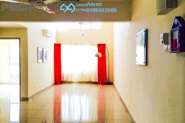 For Sale Condominium at Tiara ParkHomes, Kajang Freehold Semi Furnished 3R/2B 380k