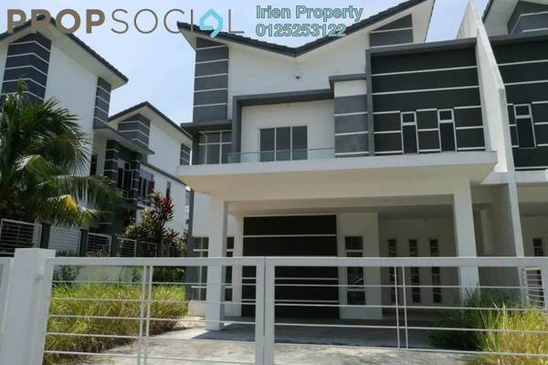 For Sale Semi-Detached at Greenhill Residence, Shah Alam Freehold Unfurnished 5R/4B 1.1m