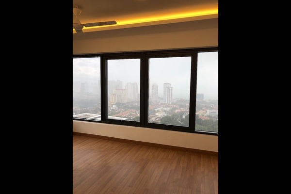 For Rent Condominium at Tropicana 218 Macalister, Georgetown Freehold Semi Furnished 3R/3B 4.5k