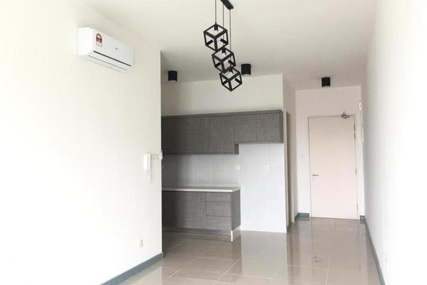 For Rent Condominium at Southbank Residence, Old Klang Road Freehold Semi Furnished 2R/2B 1.7k