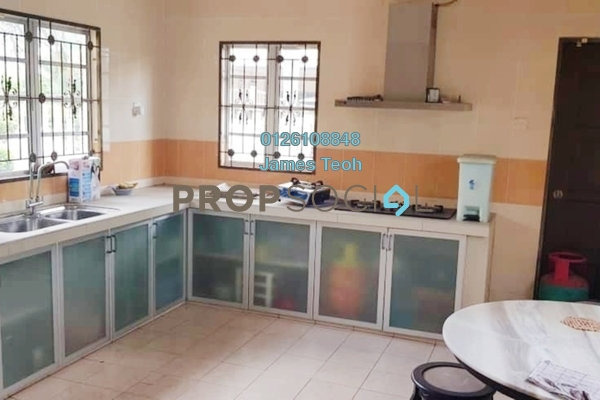 For Sale Terrace at Taman Sejati 5, Klang Freehold Semi Furnished 4R/3B 780k
