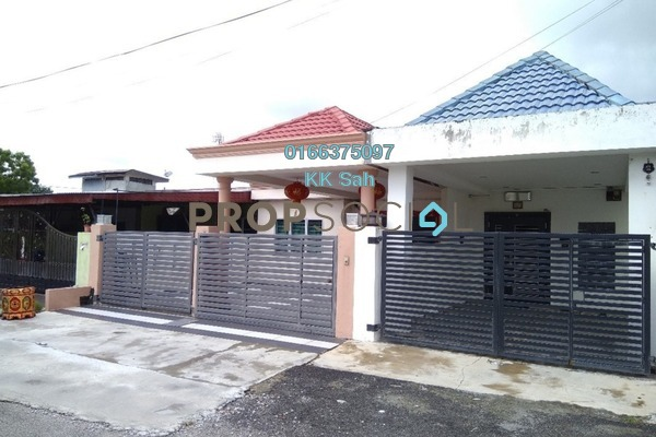 For Sale Terrace at Taman Klang Jaya, Klang Freehold Semi Furnished 3R/3B 428k