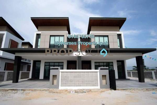 For Sale Semi-Detached at Taman Pasir Putih Selatan, Ipoh Freehold Semi Furnished 5R/5B 889k