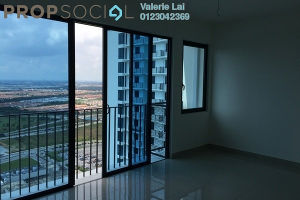 For Sale Condominium at Trefoil, Setia Alam Freehold Semi Furnished 1R/1B 298k