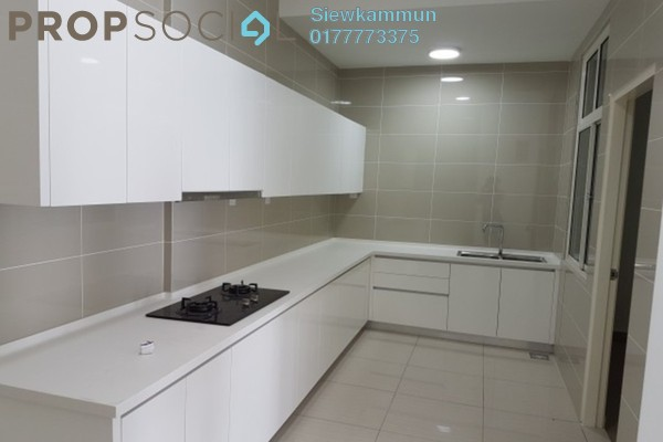 For Sale Condominium at Damansara Foresta, Bandar Sri Damansara Freehold Semi Furnished 4R/3B 700k