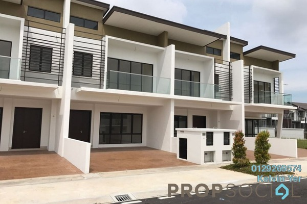 For Sale Terrace at Anggun 3, Rawang Freehold Unfurnished 5R/4B 640k