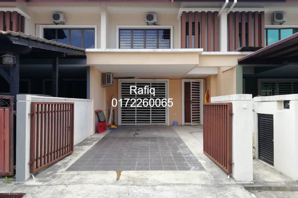 For Sale Terrace at Laman Bakawali, Kota Seriemas Freehold Semi Furnished 4R/3B 420k