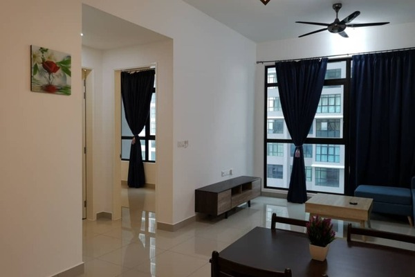 For Rent Serviced Residence at Conezión, IOI Resort City Freehold Semi Furnished 2R/2B 1.4k