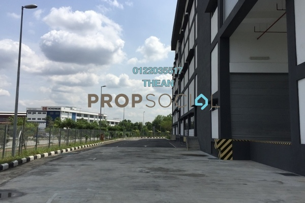 For Rent Factory at Section U8, Bukit Jelutong Freehold Semi Furnished 0R/0B 57k