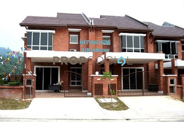 For Sale Terrace at Alam Budiman, Shah Alam Freehold Semi Furnished 4R/3B 590k