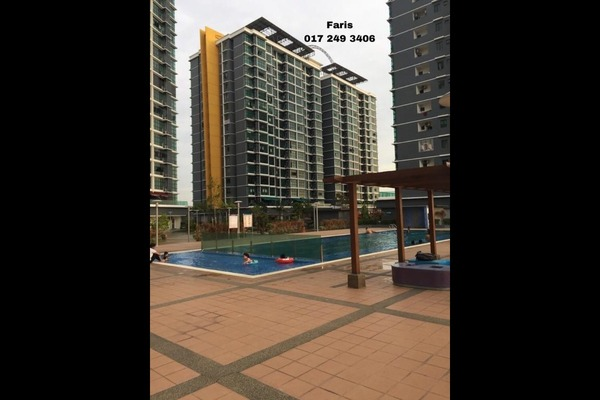 For Sale Condominium at Vista Alam, Shah Alam Freehold Semi Furnished 2R/2B 400k