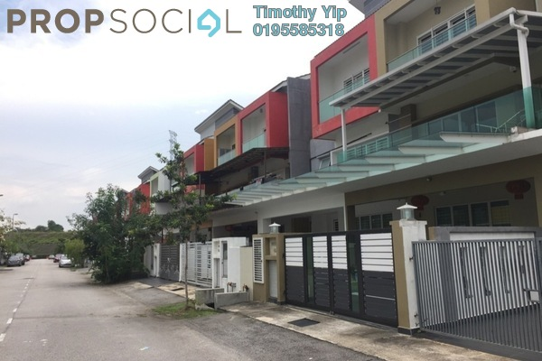 For Sale Terrace at Taman Suria Tropika, Bandar Putra Permai Freehold Semi Furnished 6R/4B 768k