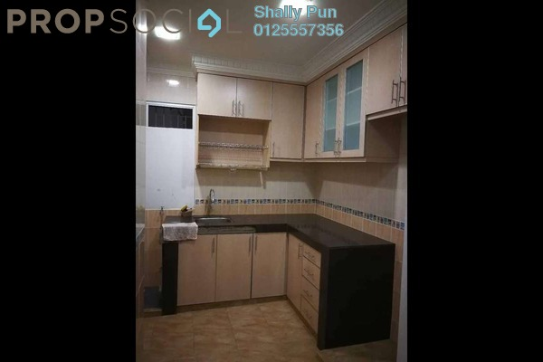 For Sale Apartment at Sri Cempaka Apartment, Bandar Puteri Puchong Freehold Semi Furnished 3R/2B 335k