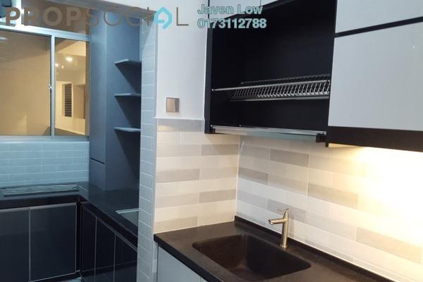 For Sale Condominium at DeSkye Residence, Jalan Ipoh Freehold Semi Furnished 3R/2B 688k