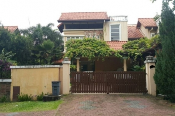 For Sale Semi-Detached at Section U8, Bukit Jelutong Freehold Semi Furnished 5R/6B 2.7m