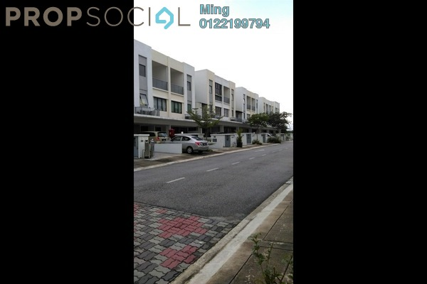 For Rent Condominium at Odora Parkhomes, 16 Sierra Freehold Fully Furnished 3R/2B 2.5k