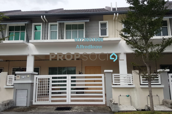 For Sale Terrace at Taman Puncak Saujana, Kajang Freehold Semi Furnished 4R/4B 630k