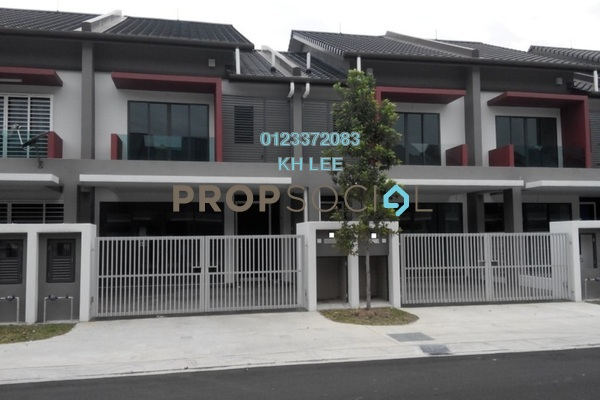 For Rent Terrace at Nahara, Bandar Bukit Raja Freehold Semi Furnished 4R/3B 1.4k