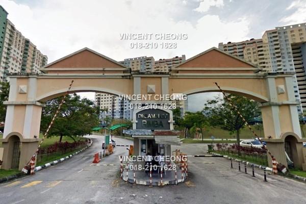 For Sale Apartment at Desaminium Rimba, Bandar Putra Permai Freehold Semi Furnished 5R/3B 243k