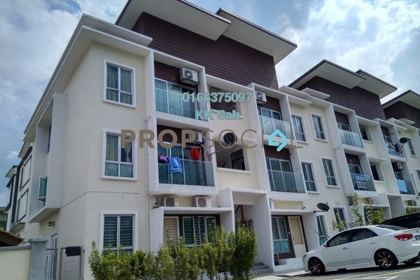 For Rent Townhouse at Mahkota Villa, Bandar Mahkota Cheras Freehold Semi Furnished 3R/2B 950translationmissing:en.pricing.unit