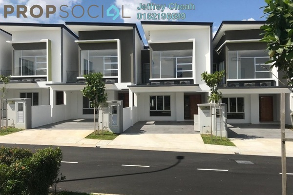 For Sale Terrace at Parkfield Residences @ Tropicana Heights, Kajang Freehold Semi Furnished 4R/3B 780k
