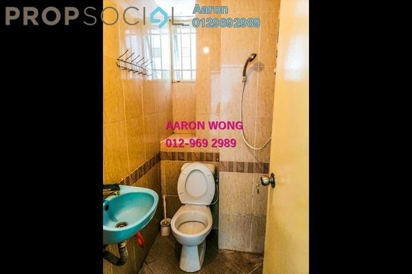 For Sale Condominium at Kepong Sentral Condominium, Sungai Buloh Freehold Semi Furnished 3R/2B 325k