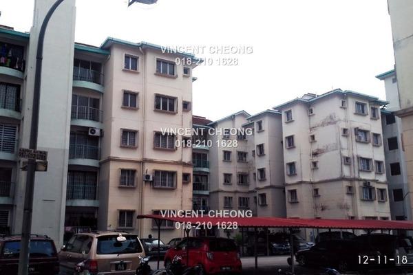For Sale Apartment at Bandar Tasik Puteri, Rawang Leasehold Semi Furnished 3R/2B 120k