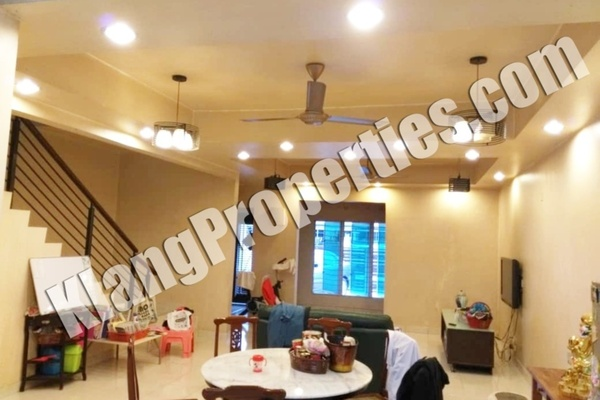For Sale Terrace at Bandar Parklands, Klang Freehold Semi Furnished 4R/4B 680k