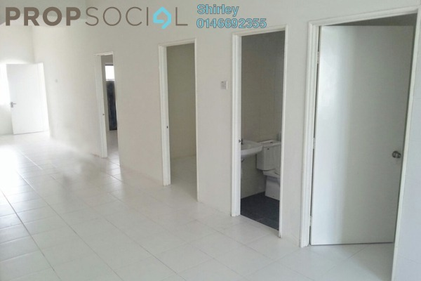 For Sale Townhouse at The Lake Residence, Puchong Leasehold Unfurnished 3R/2B 349k