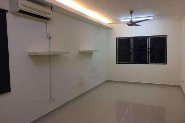 For Rent Condominium at The Lumayan, Bandar Sri Permaisuri Freehold Semi Furnished 3R/2B 1.2k