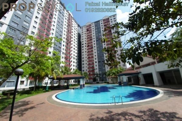 For Sale Apartment at Vista Pinggiran, Bandar Putra Permai Freehold Unfurnished 3R/2B 350k