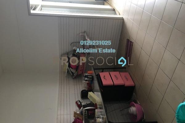 For Sale Condominium at Villa Laman Tasik, Bandar Sri Permaisuri Freehold Unfurnished 4R/3B 530k
